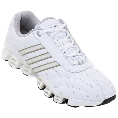 zapatillas Adidas Bounce en color blanco con suela de goma non-marking