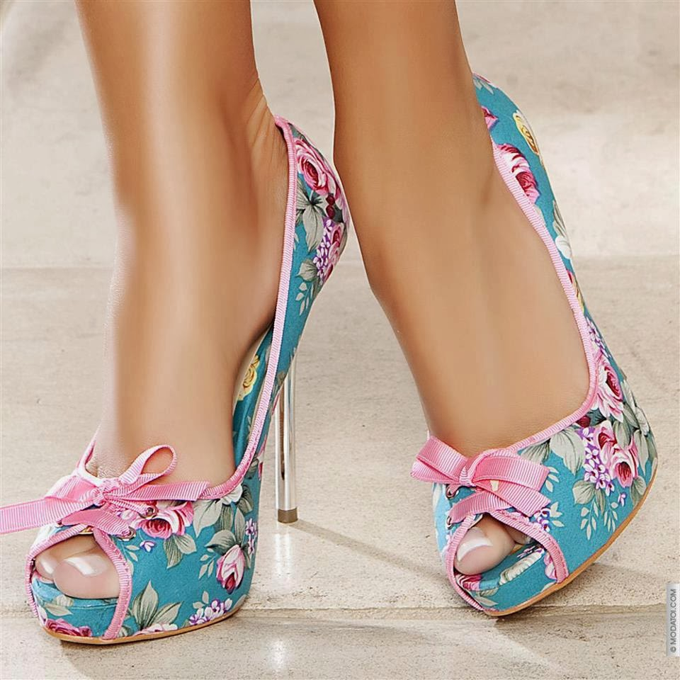 Zapatillas multicolor con estampado floral de moda 2015