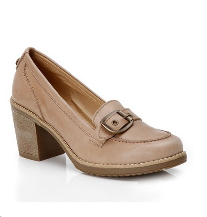 Mocasines de cuero en color beige Lady Stork