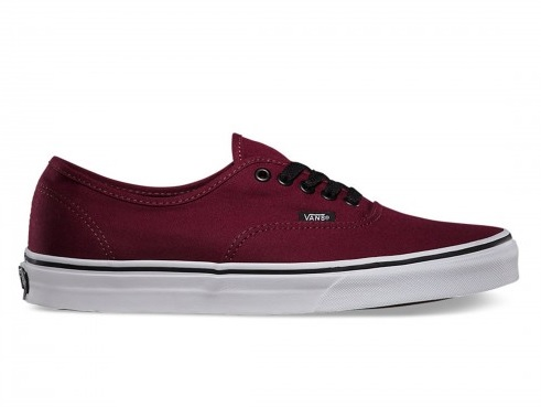 Modelo Authentic en color rojo